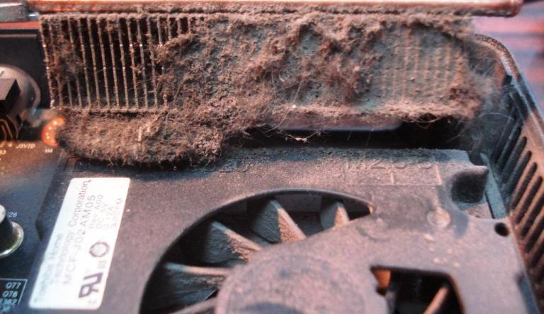 Видеокарта в пыли