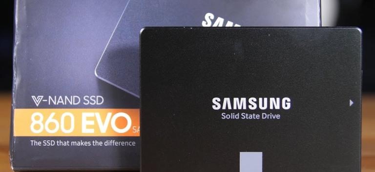 Твердотельный накопитель Samsung 860 EVO